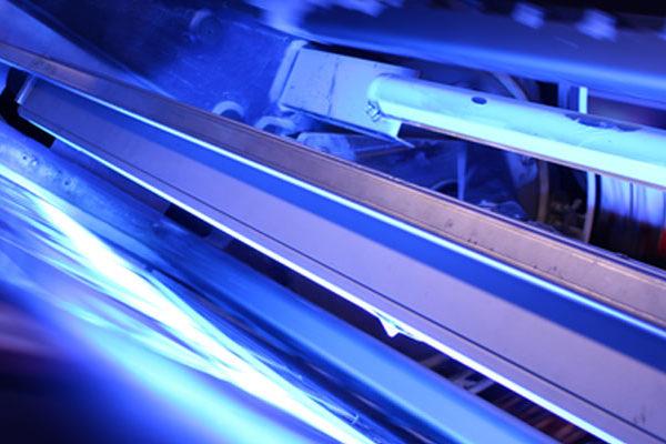 Labanti e Nanni primi al mondo nel LED UV su Roland 710 HiPrint
